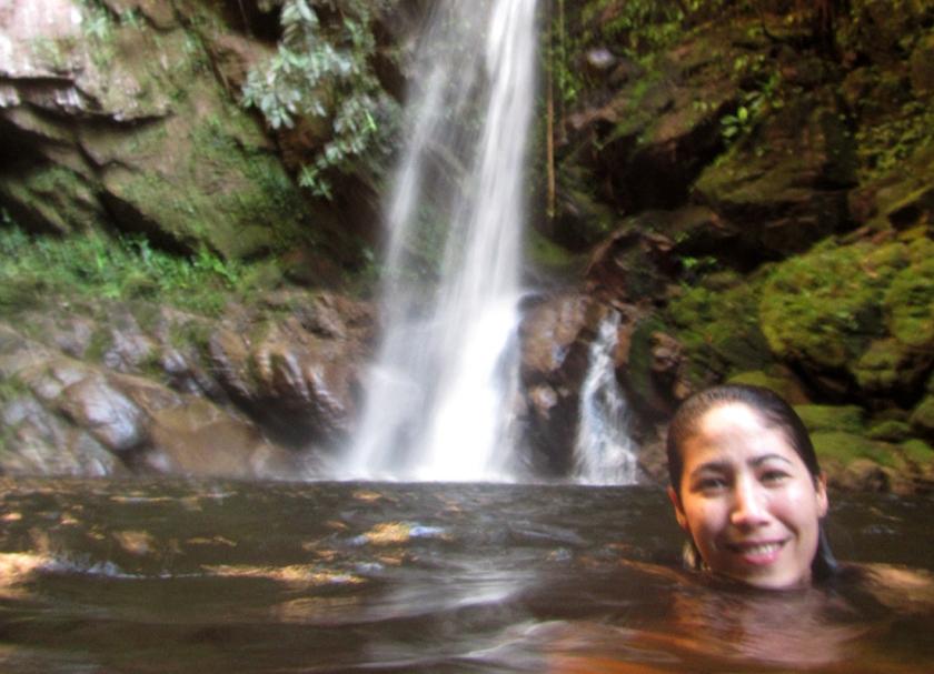 Refrescando en Huacamaillo.